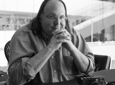 ethan-zuckerman-author-yazar