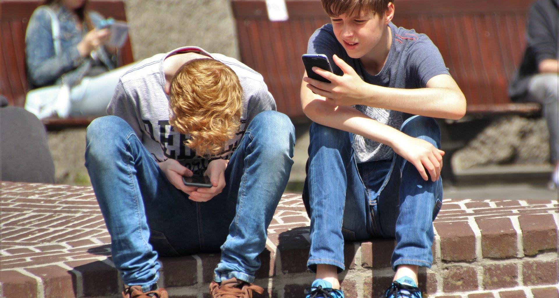 cocuk-ebeveyn-dijital-guvenlik-gozetim